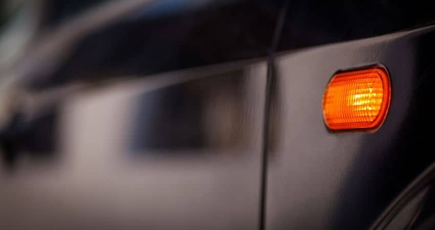 how to fix turn signal blinking fast