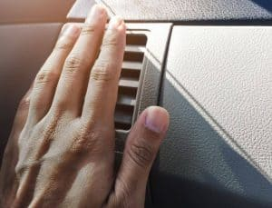 no air coming out of vents in car
