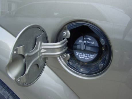Loose gas cap